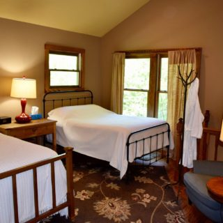Huntley Cabin Sleeping Loft - The Cove at Fairview - Vacation Rentals - Asheville NC